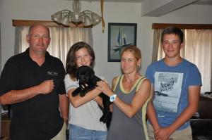 zwart labradorteef pup