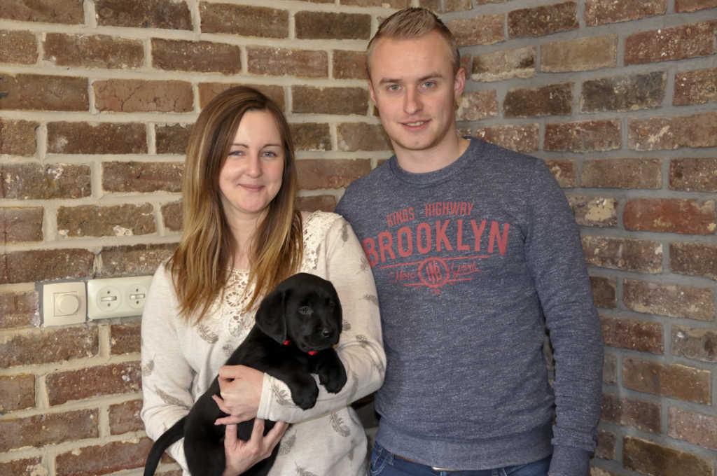 zwarte labrador puppy van Labradors Yochiver uit België